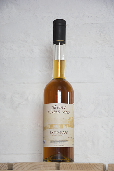 LATVADOSS / APPLE BRANDY